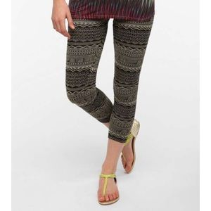 Urban Outfitters aztec print cotton leggings